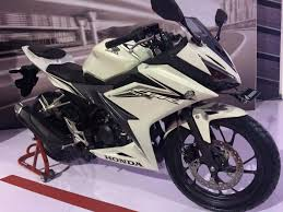 honda cbr models and prices 2016 cbr 150r launched in indonesia priced from rs 1 45 lakhs