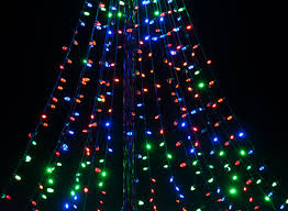 diy christmas ideas make a tree of lights using a basketball pole