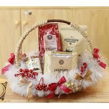 family gift baskets best gift baskets best gifts gift set