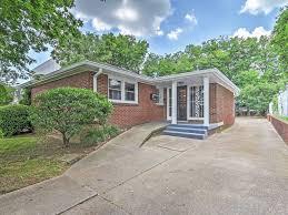 At Home Vacation Rentals - sleek 4br nashville house near city u0026 homeaway nashville