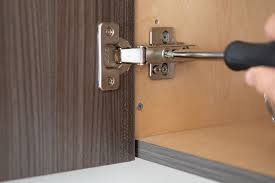 kitchen cabinet door hinge came how to adjust cabinet doors