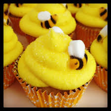 bumble bee cupcakes yellow bumble bee cupcakes pictures photos and images for