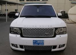 white and gold range rover colour change foilacar