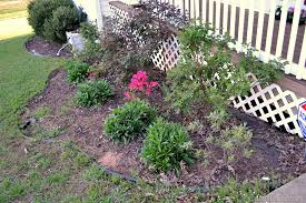 How To Mulch Flower Beds Cleaning Out The Flower Beds Sprucing Up The Outdoors For Spring
