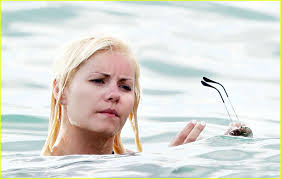 elisha cuthbert is hot for hawaii photo 1115801 dion phaneuf