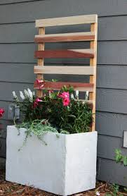 easy way to build a concrete planter