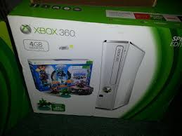 where are the amazon black friday gaming consoles amazon com xbox 360 slim white 4gb skylanders special edition