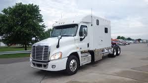 semi truck sleepers freightliner cascadia ari legacy sleepers