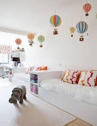 simplement simple décoration plafond chambre bébé décoration plafond