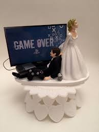 gamer cake topper and groom ps4 wedding cake topper