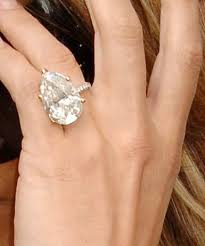 large diamond rings can a diamond ring really be big
