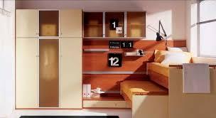 bureau gigogne bureau en plaqué bois contemporain avec lit gigogne pour