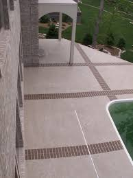 Backyard Flooring Ideas by Flooring Ideas Curvy Shape Of Swimming Pool In The Middle Of