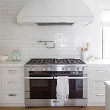 Keep These 5 Things In Mind When Choosing Your Backsplash