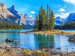 jasper national park rentals for your vacations with iha direct