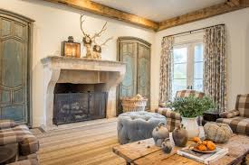 cote de texas while lisa personally loves an all white gray decor lisa luby ryan design and build aims to please one client wanted a colorful scheme and i loved what