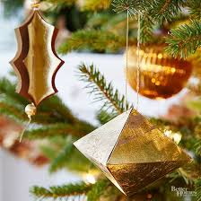 tree decorations how to decorate a christmas tree from better homes gardens