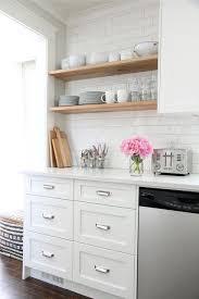 tablette special cuisine 10 façons de transformer ses armoires de cuisine sans les remplacer