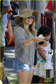 hilary duff engagement ring hilary duff heads to the doctor with son luca photo 3440767