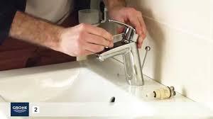 changer un robinet de cuisine comment changer facilement une cartouche d un mitigeur lavabo joint