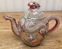 1 tea pot teapot geisha kutani dragon asian satsuma moriage