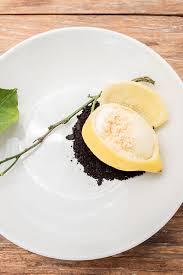 une marguerite en cuisine la guérite restaurant cannes ile sainte marguerite
