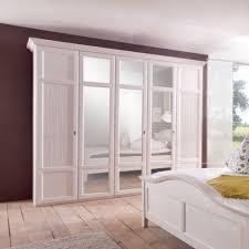 cinderella schlafzimmer gemütliche innenarchitektur landhaus schlafzimmer weiß 17 ideas