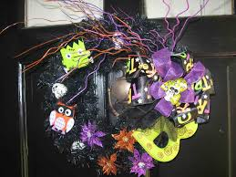 Decorative Wreaths For Home by Prepossessing Halloween Outdoor Home Design Ideas Feat Outstanding