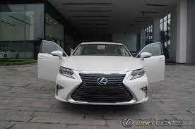 gia xe lexus es250 lexus es 250 2017 xe sang mang ngoại hình bóng bẩy