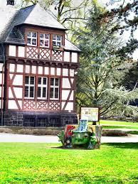 Taunus Klinik Bad Nauheim Teil Der Kurparkbücherei Mapio Net