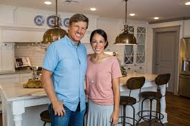 chip and joanna gaines respond to rumors they u0027ve sold waco home