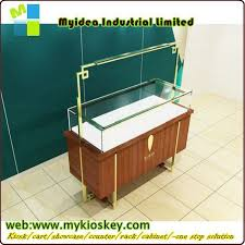 Modern Display Pedestal Luxury Glass Countertop Wooden Watch Display Pedestal Display Case