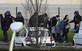 bureau de change vincennes 4 dead as forces kosher supermarket kill gunman
