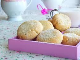 cuisiner les jaunes d oeufs les helenettes biscuits moelleux au jaune d oeuf le cuisine