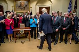 Todays Kids Desk by Trump Was Made To Sign Bills On A Very Small Desk Yesterday The