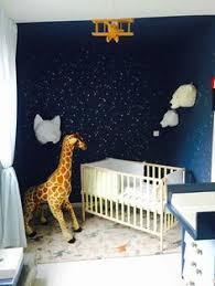 la cuisine de bebe chambre bébé blanche décorée de couleurs 50 idées babies