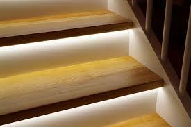 led treppe led streifen treppenbeleuchtung möbelideen