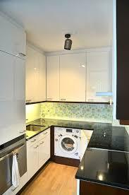 k che spritzschutz wand küche mit senosan hochglanzfronten und bedruckter