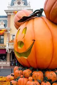 halloween at disneyland halloween time at disneyland kelsey bang