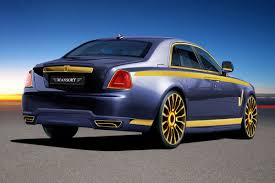 golden gaudy rolls royce ghost with 720hp tuned by mansory