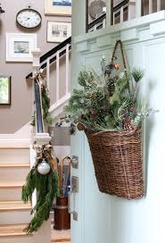 20 simple christmas front door with greenery ideas home design