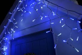how to put christmas lights on your wall how to hang christmas lights outdoors werchristmas