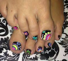 50 pretty toenail art designs toe nail designs toe and striped