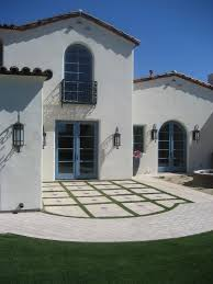 trim swiss coffee kelly moore exterior mediterranean with grass