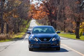 nissan altima 2005 lights 2016 nissan altima first drive review epicity auto finance