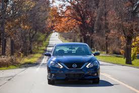nissan altima 2005 headlight 2016 nissan altima first drive review epicity auto finance