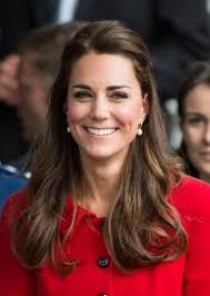 kate middleton earrings a royal tour kate middleton stays true to roots in classic