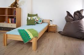 chambre enfant bois massif de breuyn lit enfant en hêtre massif 90 x 200 cm