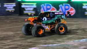 monster truck grave digger video morgan kane in halloween grave digger monster jam world finals