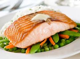 cuisiner pavé de saumon poele pavé de saumon à la poêle recettes femme actuelle